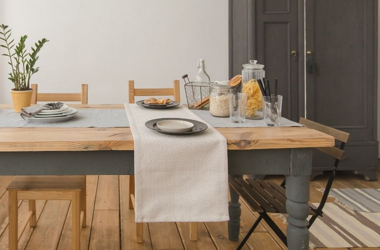 How to Pick the Right Dining Table