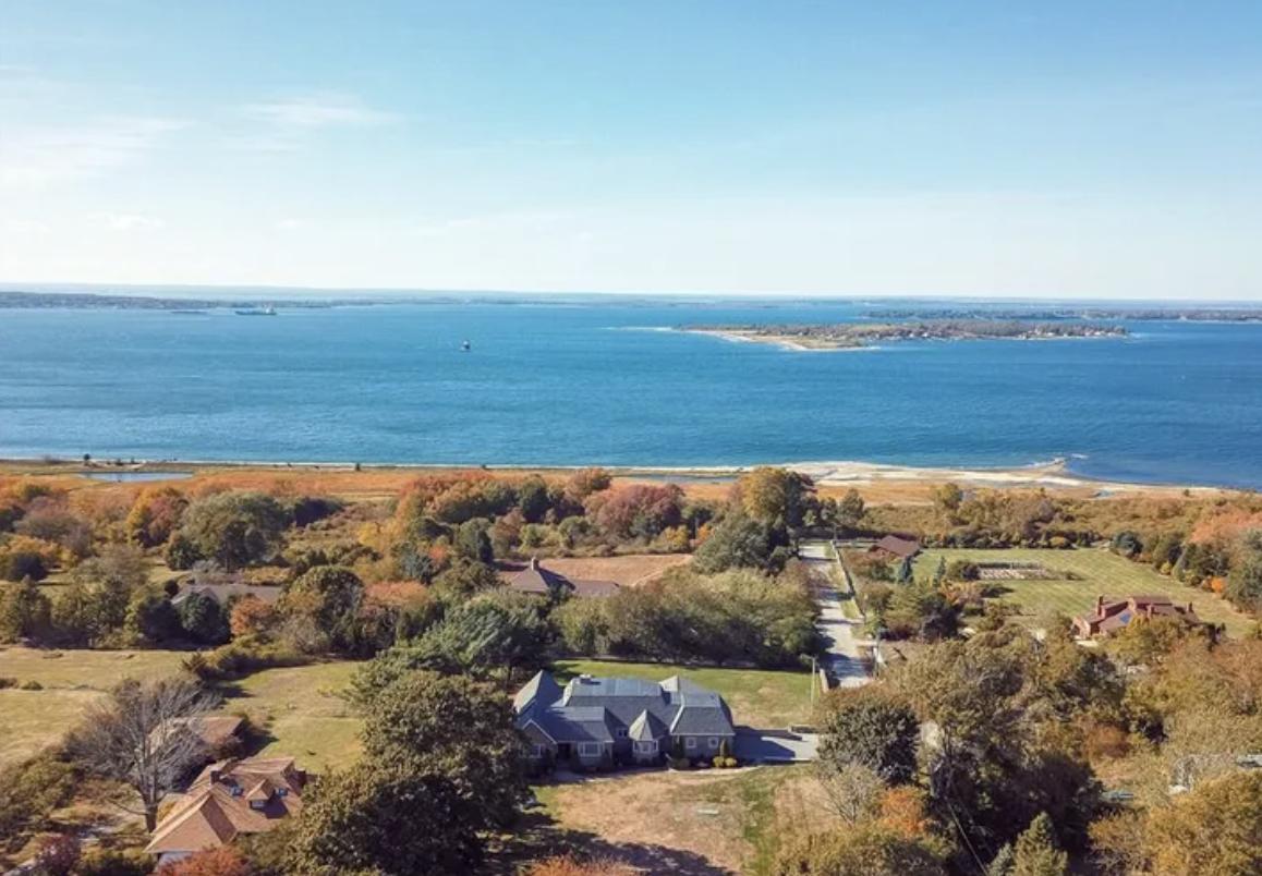 18 Porters LANE Portsmouth, Rhode Island, 02871 United States