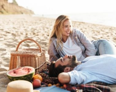 Best Foods to Enjoy by the Beach